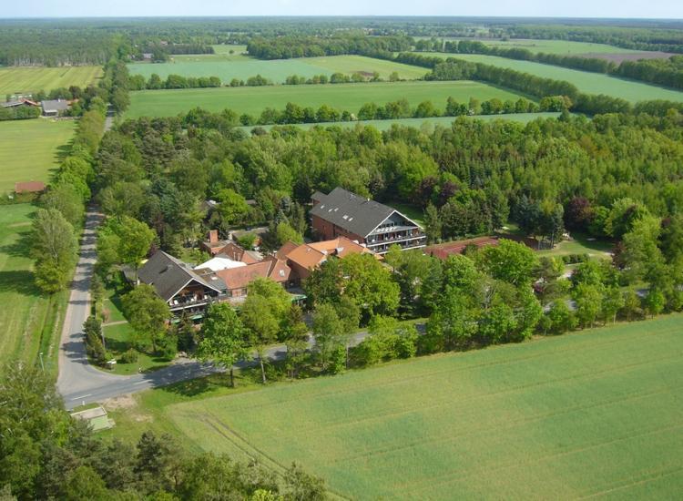 Hotel Heide Kroepke Aussenansicht von oben
