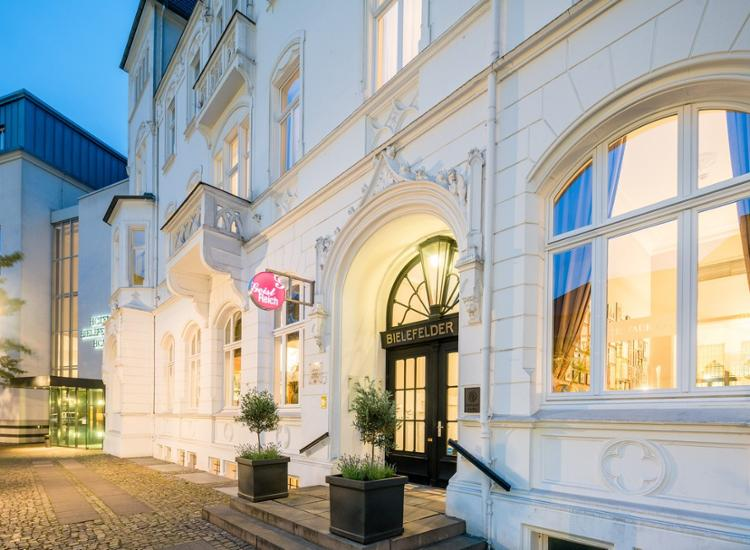 Im Herzen von Bielefeld: Luxuriöse Juniorsuite im schicken 4* Hotel inklusive Minibar