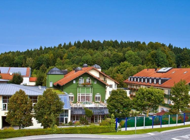 Best Western Premier Bayerischer Hof Miesbach Aussenansicht