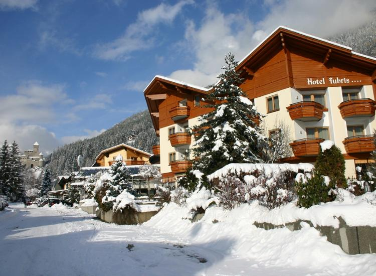 Hotel Tubris Suedtirol Landschaft