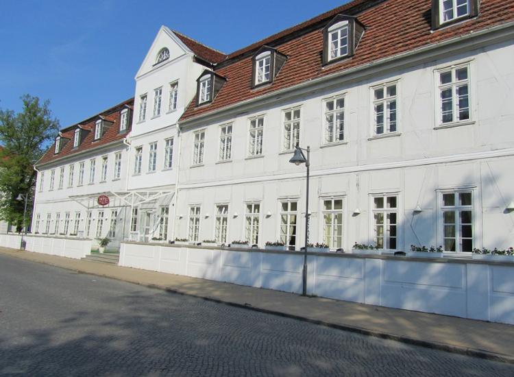 Hotel Friedrich Franz Palais Aussenansicht