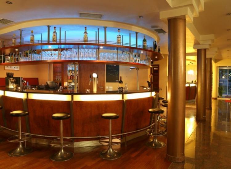 Amedia Hotel Frankfurt Ruesselsheim Bar