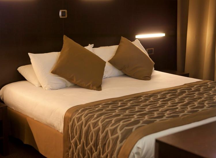 Kurzreise Paris 4 Tage 2 Personen im Hotel Apogia Top Lage Romantik Gutschein