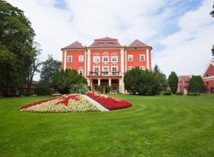 chateau resort detenice
