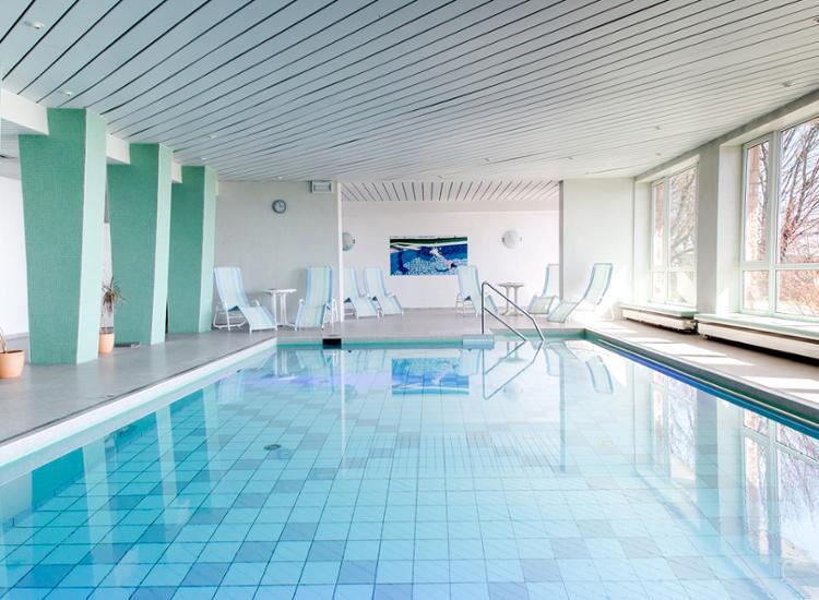Werrapark Resort Hotel Frankenblick Innenpool