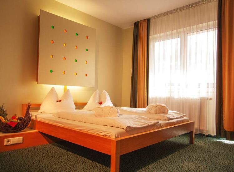 Wellness Kurzreise Bad Mergentheim 4 Tage 4 Sterne Hotel 2 Personen Gutschein 9