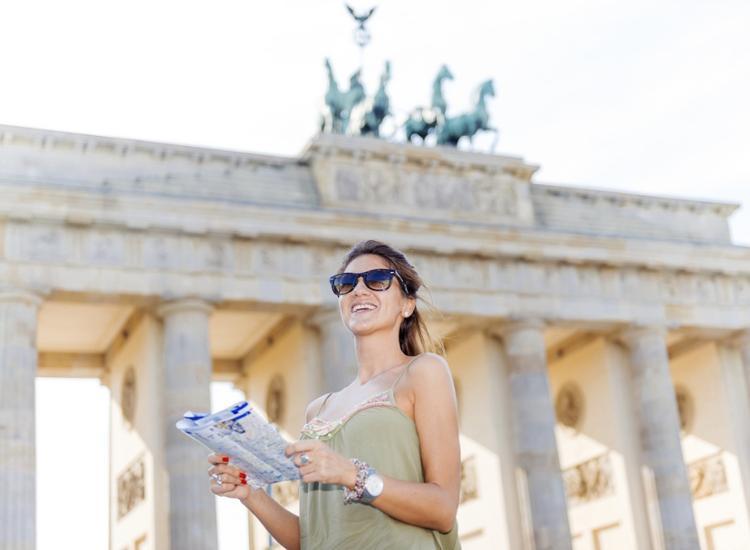 Kurzreise Berlin Zentrum A&O Hotel für 2 Personen Frühstück Gutschein 1-3 Nächte