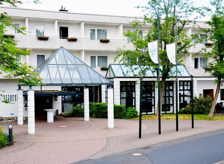 Kurzreise Rhön 3 Tage 4 Sterne Wellness Hotel für 2 Personen Hotelgutschein Pool 5