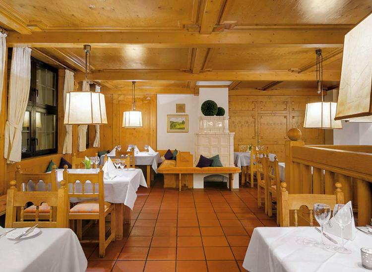 Kurzreise Rhön 3 Tage 4 Sterne Wellness Hotel für 2 Personen Hotelgutschein Pool 10