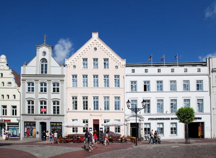 Steigenberger Hotel Stadt Hamburg außen