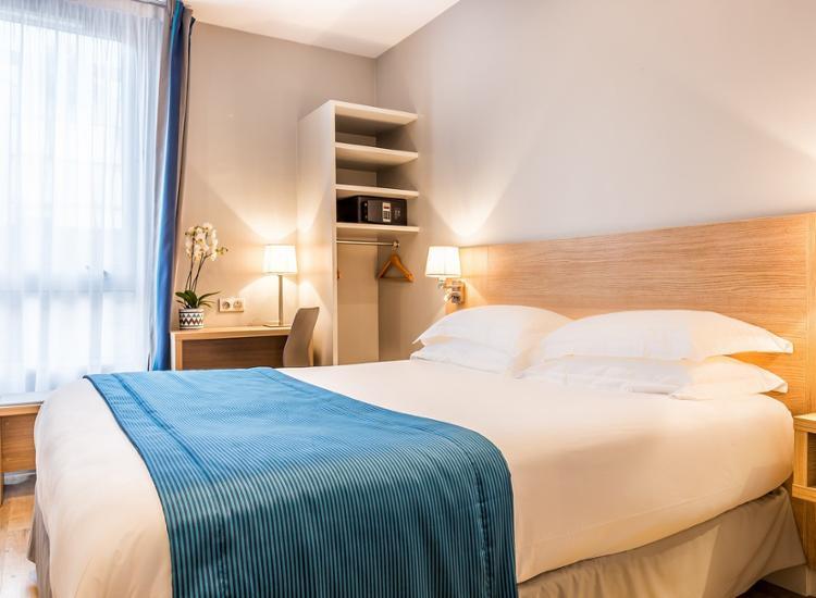 Kurzreise-Paris-4-Tage-fuer-2-Personen-modernes-Komfort-Hotel-Fruehstueck-Gutschein Indexbild 3