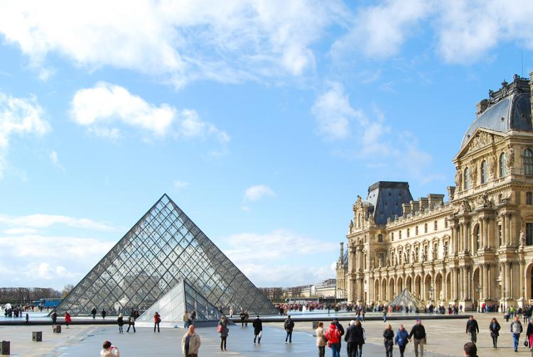 Museum Louvre in Paris