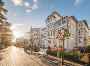 Hotel Villa Belvedere mit Strandpromenade
