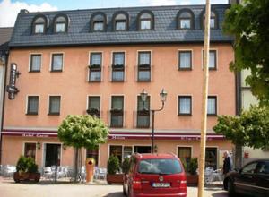 Hotel Garni Stadt Milin Fassade