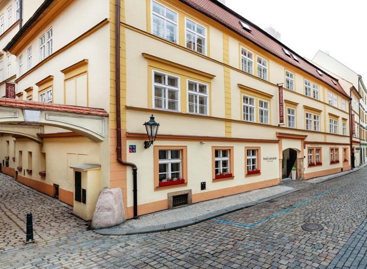 Hotel Leonardo Prag Aussenansicht