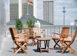 Moevenpick Hotel Frankfurt City Terrasse