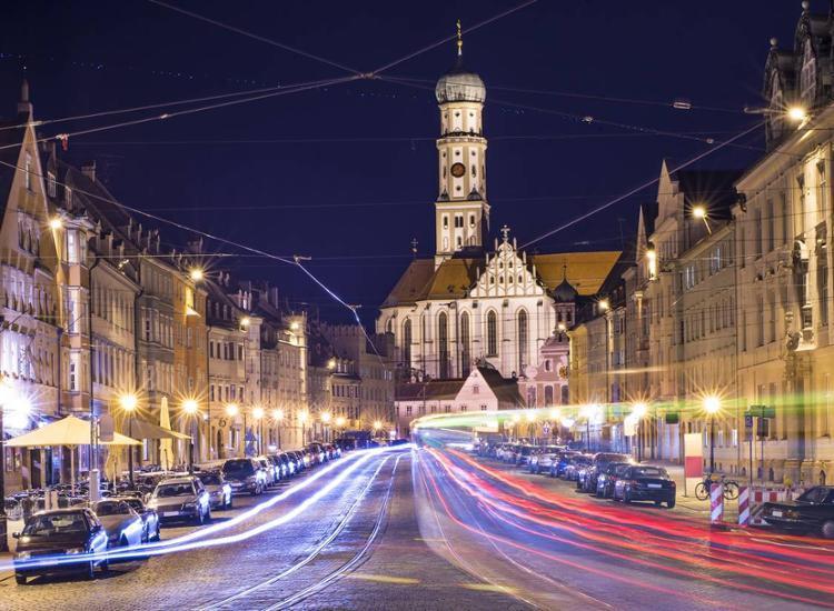 Augsburg St Anna Kirche bei Nacht