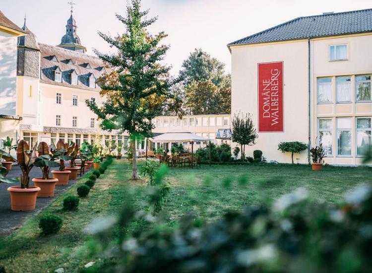 CAREA Schlosshotel Domaene Walberberg