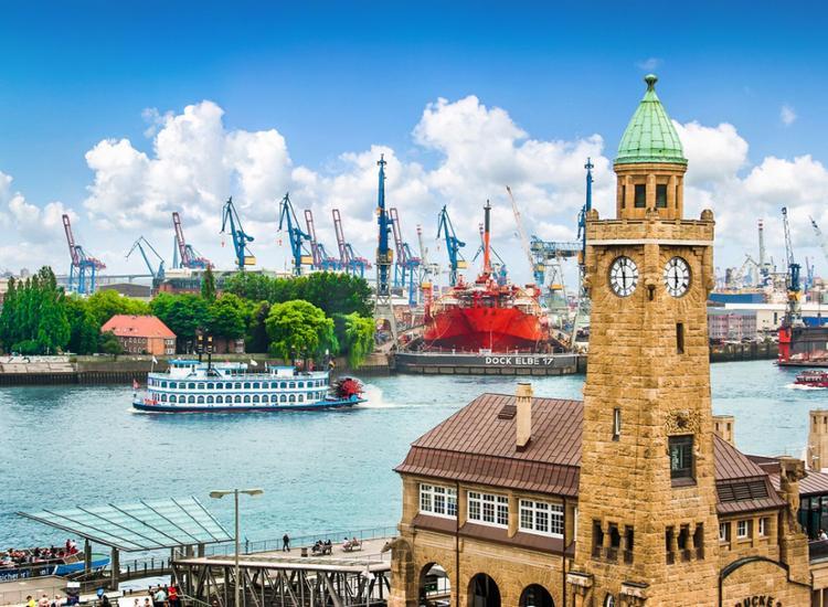 B&B Multi: Maritime Auszeit - Traumhafte Tage in Hamburg im modernen Hotel