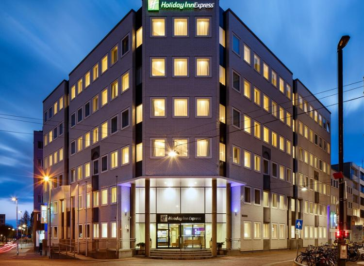 Holiday Inn Express Hotel Arnhem Fassade