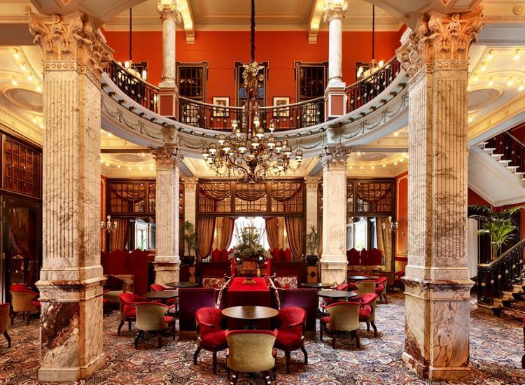 Prunkvolles 5* Luxushotel in der Königsstadt Den Haag inkl. Wellness