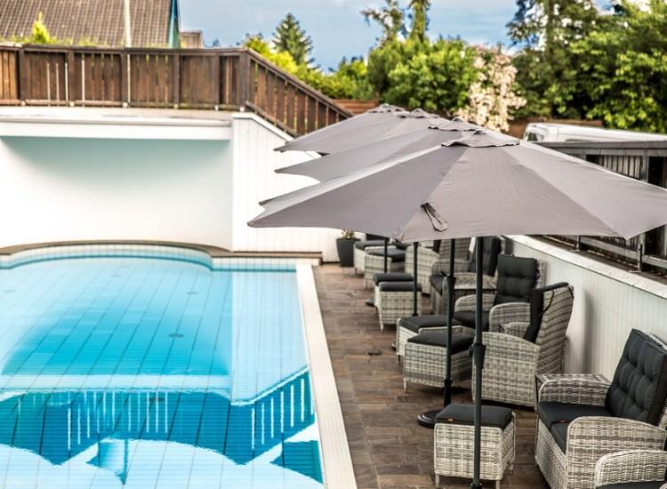 Luxuriöse Suite im Design-Wellnesshotel in Niederbayern inkl. Pool, Sauna & mehr