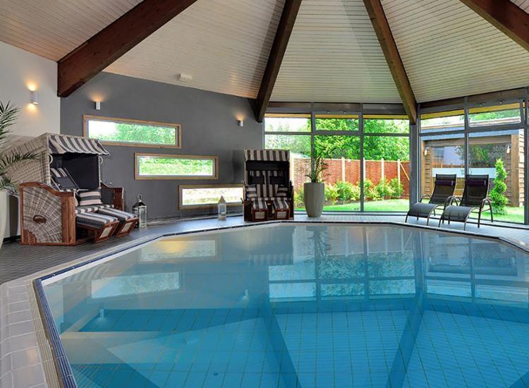 Landhotel Schnuck Pool