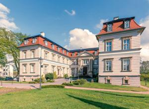 Mercure Hotel Schloss Neustadt Glewe Aussenansicht