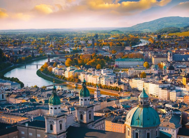 Städtetrip nach Wien: First-Class Hotel zwischen historischem Zentrum und Weinbergen