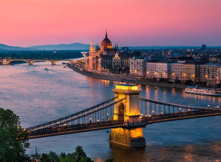 Städtereise Budapest Ungarn Hotel Park Inn Gutschein 2 Personen Dinner 4 Tage 3