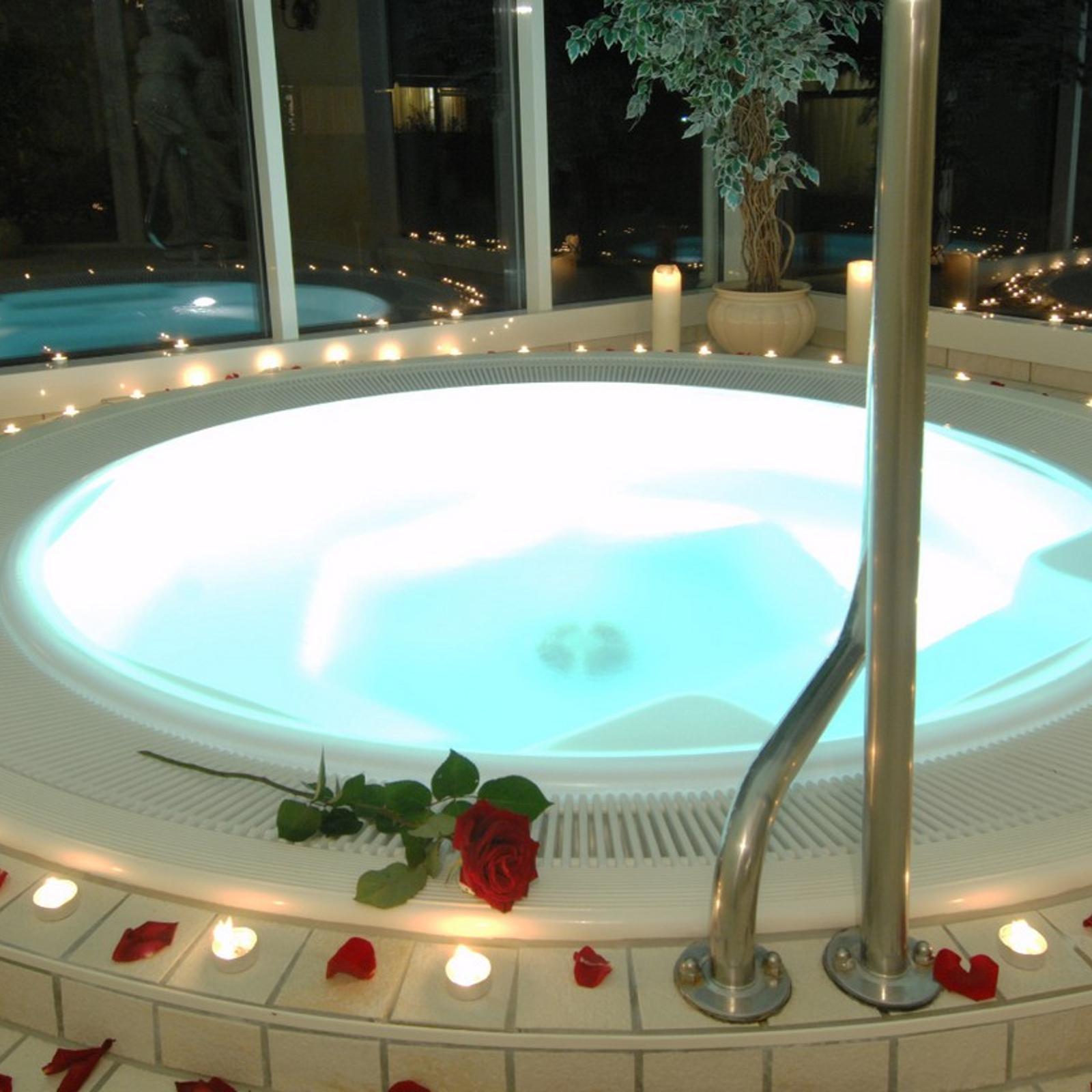 Kurzreise Bad Füssing Bayern Wellness 3 Tage im 4 Sterne Hotel für 2 Personen