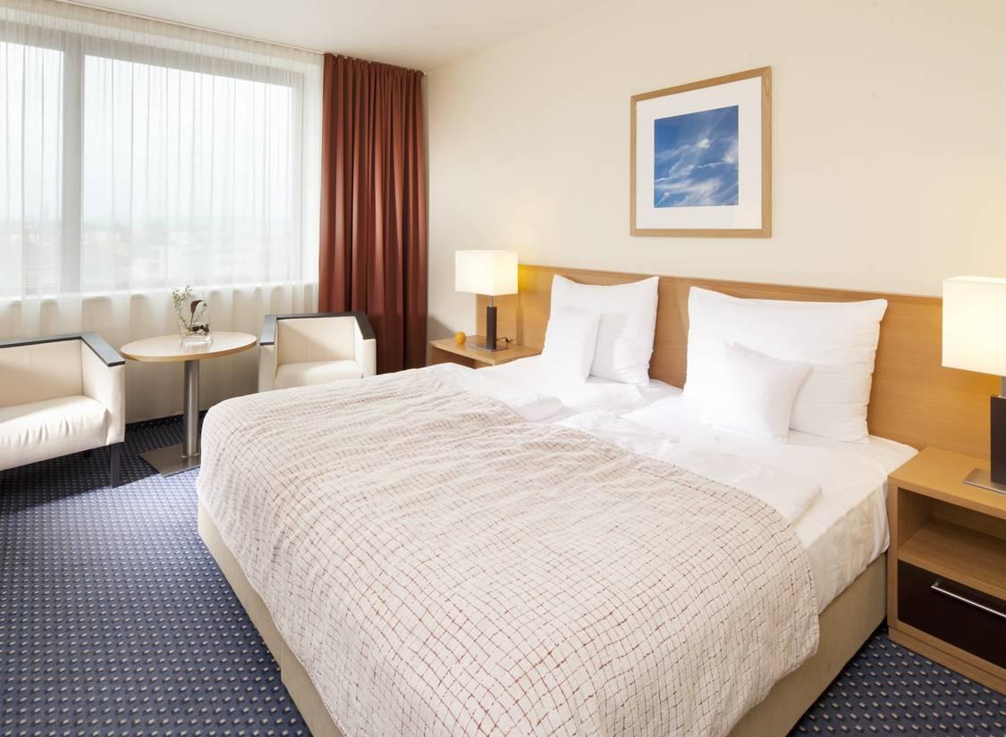 Kurzreise Prag 4 Tage First Class Clarion Hotel für 2 Personen Hotelgutschein