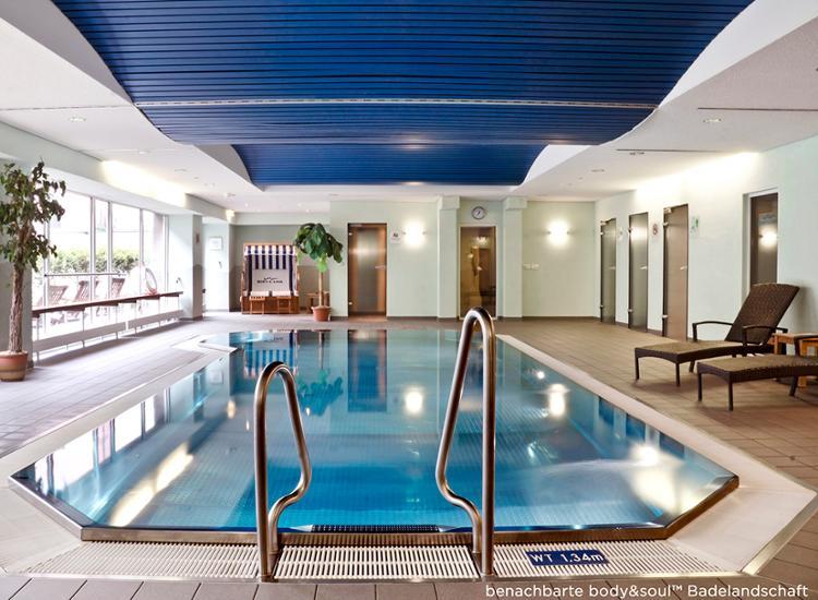 Nutzung des BodyuSoul Pools im benachbarten Courtyard by Marriott Dresden