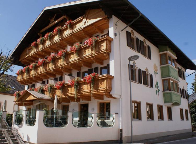 hotel goldene rose im pustertal
