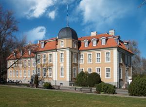 Neues Schloss Aussenansicht