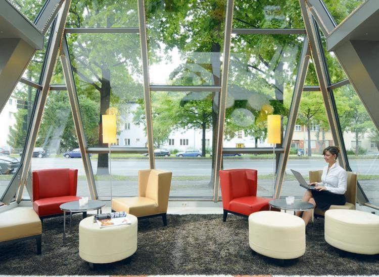 leonardo hotel berlin city sued