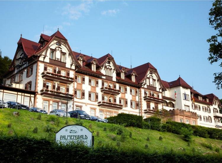 Wellnesshotel Palmenwald Schwarzwaldhof Aussenansicht