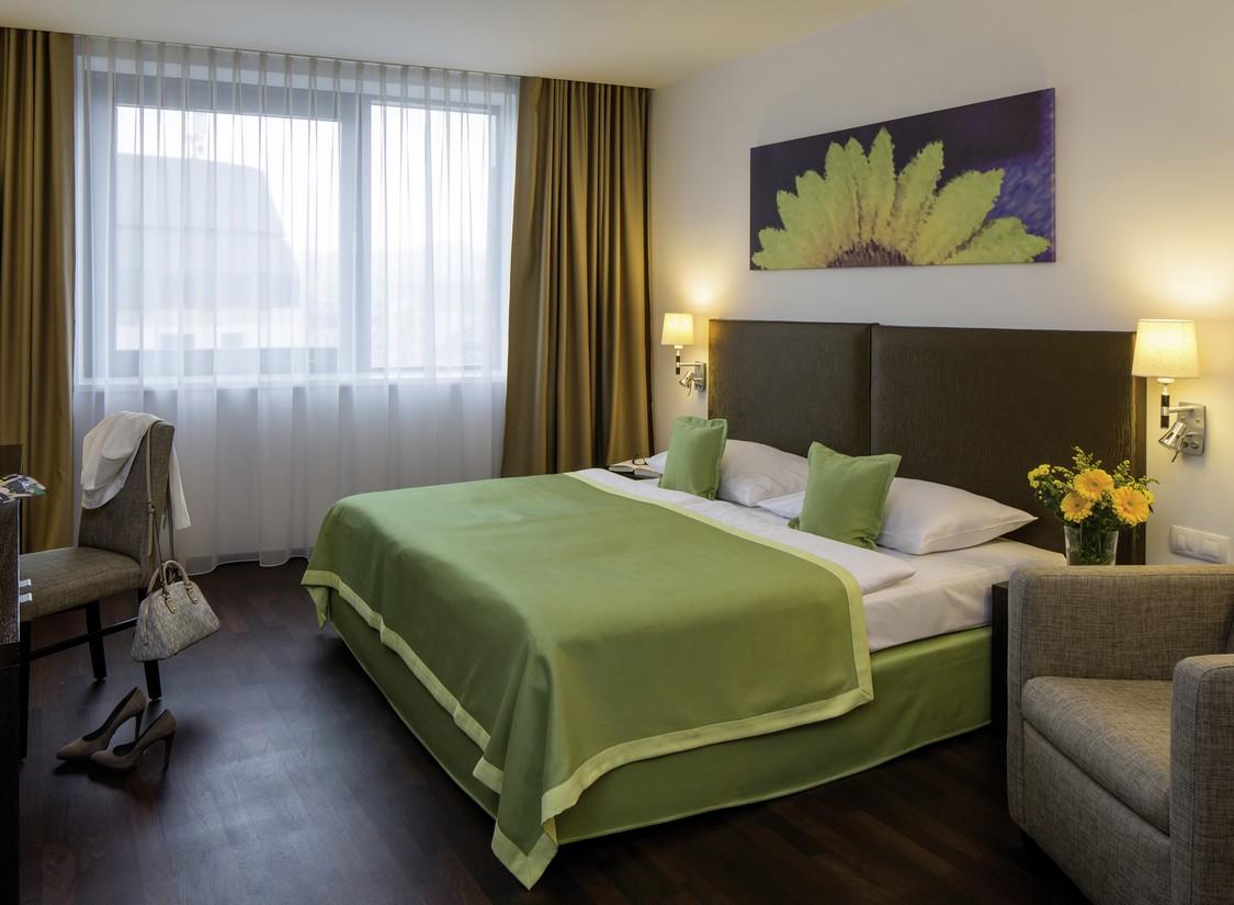 Kurzurlaub-Bratislava-Slowakei-Donau-3-Tage-4-Sterne-Hotel-2-Personen-Gutschein Indexbild 4