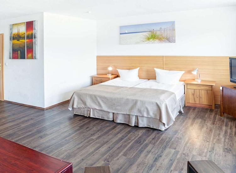 Hotel Ploener See by Tulip Inn Grosses Zimmer